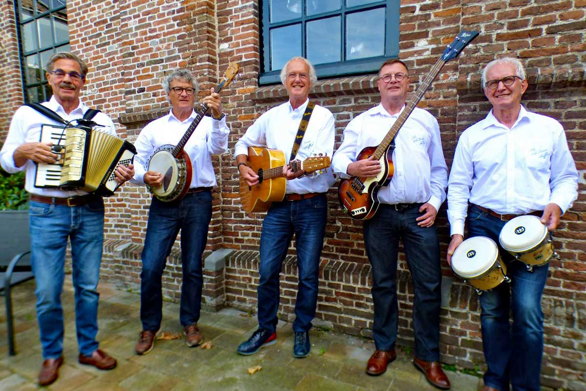The-Old-Times-Skifflers-(002)