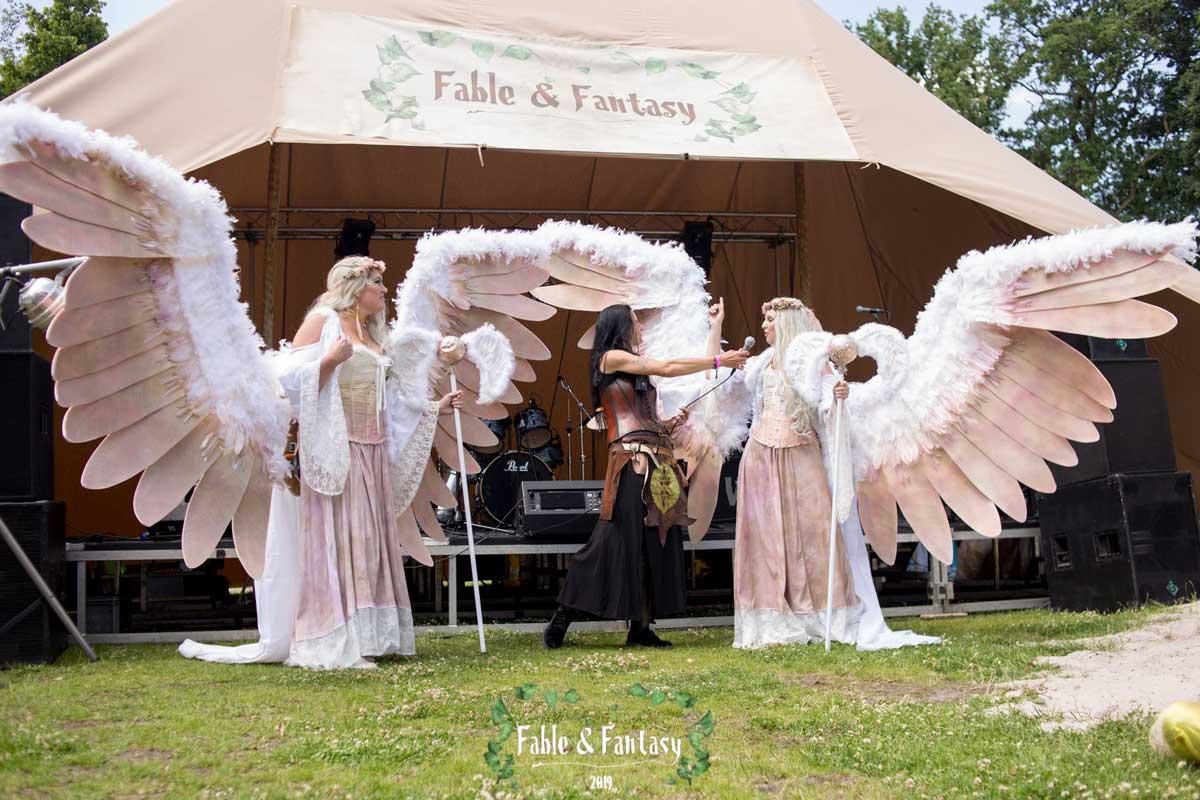 fableandfantasy-213-(002)
