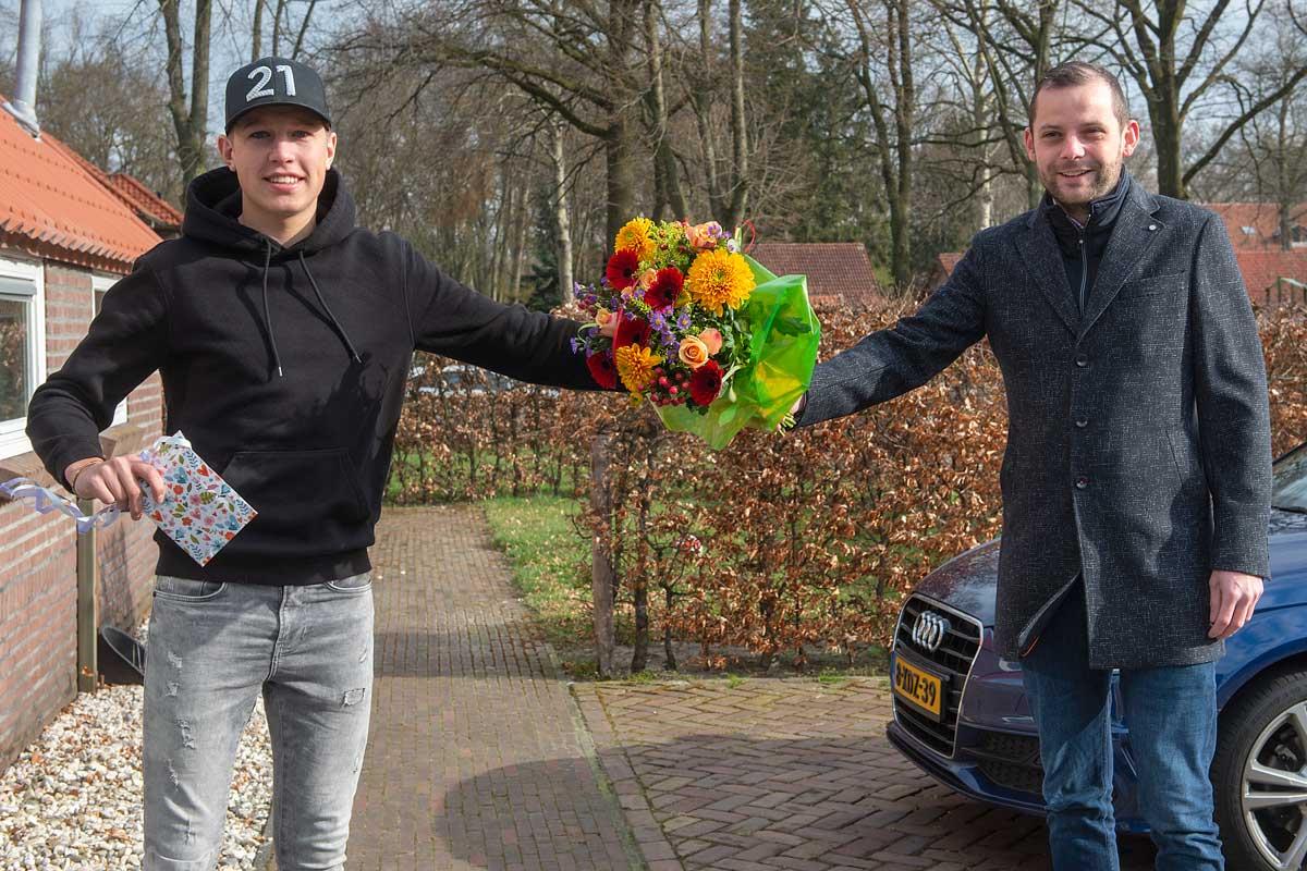 Huldiging-motorcrosser-Sem-de-Lange